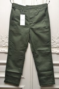 "ID DAILYWEAR アイディーデイリーウェア ""42/3 FINX COTTON BAKER PANTS""   col.KHAKI"