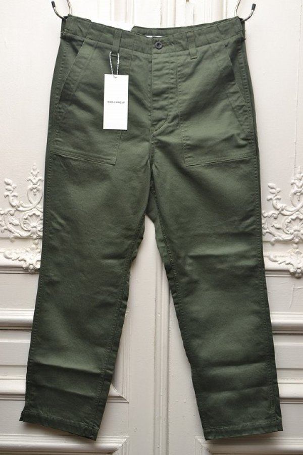 "画像1: ID DAILYWEAR "" 42/3 FINX COTTON BAKER PANTS "" col.KHAKI"