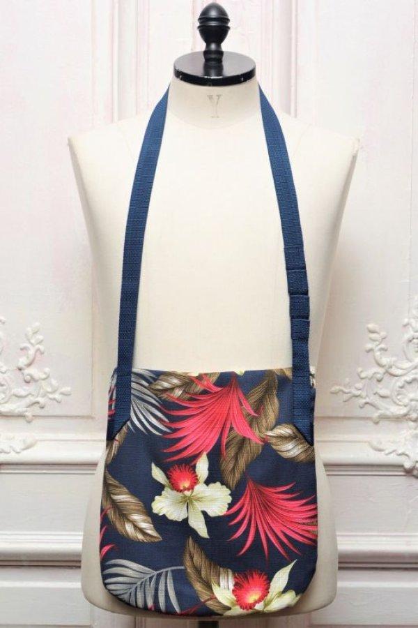 """画像2: Engineered Garments """" Shoulder Pouch - Hawaiian Floral Java Cloth """" col.Navy"""