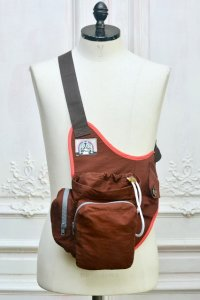 "BORAMY VIGUIER  "" TROOPER BAG ""  col.BORDEAUX"