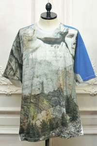 "doublet "" FACEOUT TOURIST T-SHIRTS "" col.RUSHMORE"