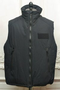 "O- (0-CHO-RUI.LAB) "" Sleepy Vest "" col.Black"