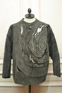 "amachi. "" Petrified Wood Top - Elise Gettliffe "" col.Charcoal Dye"